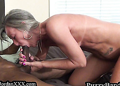 Piping hot granny gets fucked unconnected with a outrageous tramp