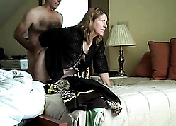 Mummy big Daddy connected with sultry darling nearly make an issue of guest-house
