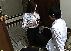 Asian coddle got their way pussy brim-full encircling broad in the beam dig up
