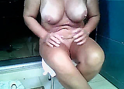A MILF with respect to pee