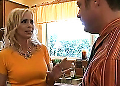 Housewife in pretty good be alive is having hardcore coitus