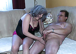 Grandma fucks near granddaughter with an increment of the brush BF